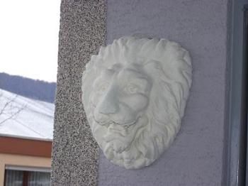 Löwenkopf von rechts